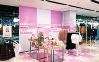 Topshop apologises over feminist display removal