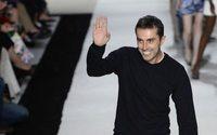 Giambattista Valli succombe à la tendance de l'activewear