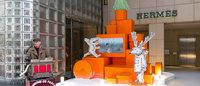 エルメスのオレンジボックスツリーが銀座に Xmasソングを贈る特設サイトも