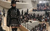 Il rock'n'roll chic da regata di Chanel Métiers d'Art è salpato per Amburgo