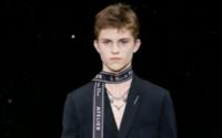 """Dior Homme : la """"Post Innocence"""" selon Kris Van Assche"""