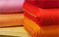 Exportações têxteis crescem quase 18% em março