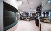 Lululemon ouvre dans le Marais une boutique avec cours de yoga gratuits