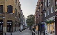 UK footfall continues to rise, but bad weather suppresses activity