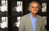 Il fotografo di moda Patrick Demarchelier accusato di molestie sessuali