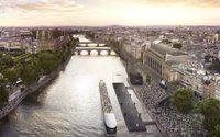 L'Oréal Paris takes on Paris Fashion Week with floating catwalk show