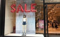 Fashion and sunshine lift UK retail in clearance month June, says ONS