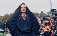 La marée noire de Marine Serre en ouverture de la Fashion Week