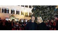 La maison Valentino dedica a Roma il suo Albero di Natale
