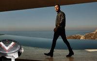La smartwatch de Louis Vuitton s'offre Justin Theroux et Sophie Turner pour égéries