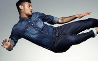 Replay arbeitet mit Neymar Jr.