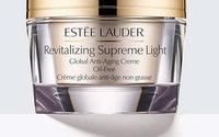 Estee Lauder: l'utile del quarto trimestre cala a 93,5 mln di USD ma batte le stime