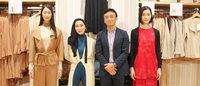 ユニクロがイスラム文化を融合、外部デザイナーHana Tajimaを起用したコレクション逆上陸