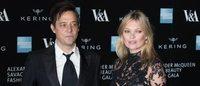 Chega ao fim união de Kate Moss e Jamie Hince, diz jornal