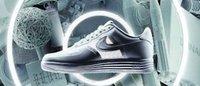 30周年Nike Air Force 1に最新イノベーション融合 ルナフォース1発売