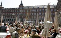 Los turistas internacionales gastaron 22 489 millones de euros en España hasta abril