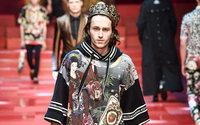 Майли Сайрус конфликтует с Dolce&Gabbana