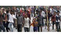 Pelo menos 70 feridos em protestos de trabalhadores têxteis no Bangladesh