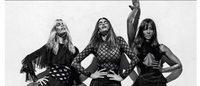 Cindy Crawford, Naomi Campbell, Claudia Schiffer pour la campagne Balmain printemps-été 2016
