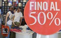 Saldi: ancora a rilento, shopping solo per 43% di italiani e scontrino più leggero