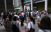 A Hong Kong, la violenza delle manifestazioni rende fragile l'economia