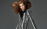 Net-A-Porter collabora con Versace ad una capsule per le feste