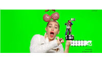 Джереми Скотт создал дизайн статуэтки MTV Video Music Awards