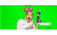 Jeremy Scott reinterpreta el galardón de los MTV Video Music Awards