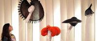 Isabella Blow : la garde-robe de la fashionista exposée à Londres