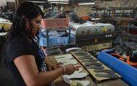 El sector del calzado escolar registra una deuda millonaria en El Salvador