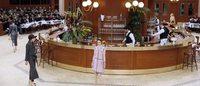 PFW: Chanel, con il tailleur in brasserie