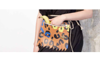 Vivienne Westwood expose sa collection de sacs « Made in Kenya » au Front de Mode