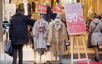 Umfrage: Deutsche wollen bei Mode sparen