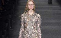 Paris Fashion Week: Alexander McQueen, un disordine medievale