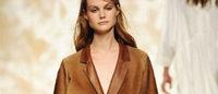 MFW: per Simonetta Ravizza, l'eleganza è la pelliccia-vestaglia