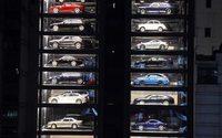 A Singapore c'è un distributore automatico di autovetture di lusso