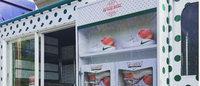 ナイキが「クリスピー・クリーム・ドーナツ」とのコラボシューズを米4都市で限定発売
