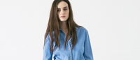 Casual moderno inspirado no sportswear na MiH Jeans