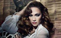 Guess Jeans İlkbahar 2018 Kampanyasının Yüzü: Jennifer Lopez