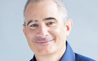 M.A.C Cosmetics nomme Philippe Pinatel (ex-Birchbox) à sa tête