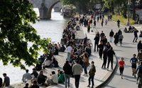 """Le Covid-19 accélère la """"fracture consumériste""""au sein de la population"""