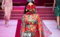 Milano Fashion Week: Dolce & Gabbana giocano con un mazzo completo