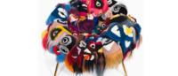 Irmãos Campana criam poltrona com 'bag bugs' da Fendi
