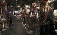 Desigual abre la Fashion Week madrileña y busca la interacción con el público