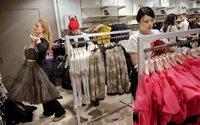 Amazon porta il camerino a casa: gli abiti prima si provano poi si pagano
