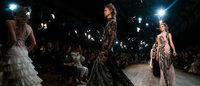 女性设计师可以引领时尚产业了?|巴黎时装周评论