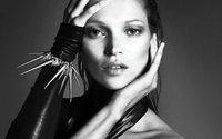 Kate Moss da modella a imprenditrice, lancia la sua agenzia di talenti