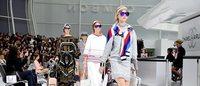 Chanel 在假机场走秀,Armani 在真机场走秀