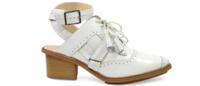 Marcas de calçado fazem parcerias e lançam modelos no SPFW