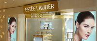 Delaying expenses helps Estee Lauder's Q3 profit, hurts forecast